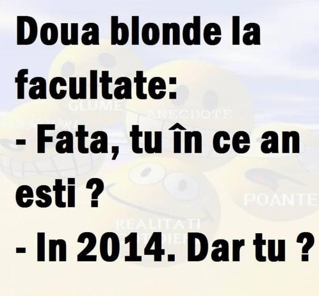 două blonde la facultate
